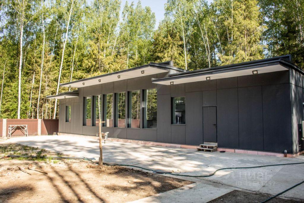Продажа дома деревня Покров, цена 80000000 рублей, 2021 год объявление №628214 на megabaz.ru