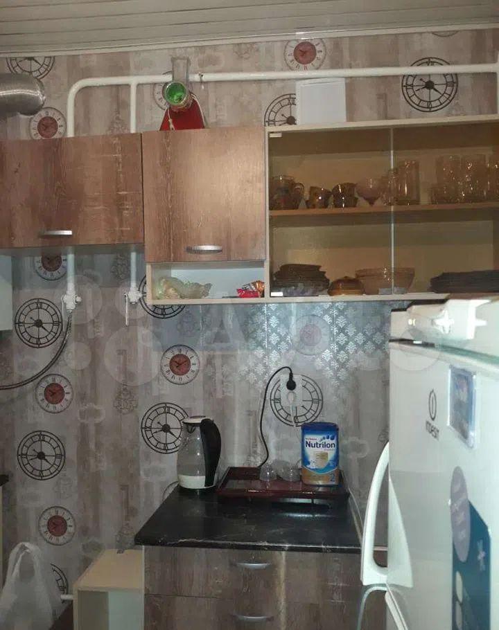 Продажа однокомнатной квартиры поселок Большевик, улица Ленина 34, цена 2300000 рублей, 2021 год объявление №593787 на megabaz.ru