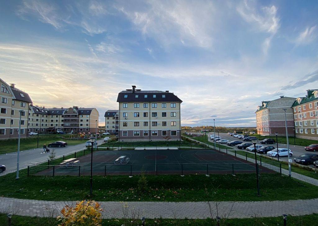 Аренда двухкомнатной квартиры село Озерецкое, бульвар Радости 18, цена 31000 рублей, 2021 год объявление №1245536 на megabaz.ru