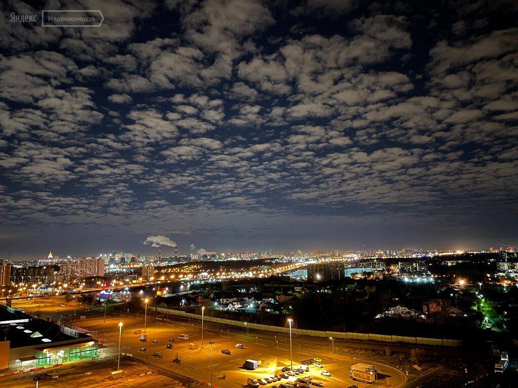 Продажа трёхкомнатной квартиры рабочий поселок Новоивановское, Можайское шоссе 51, цена 21900000 рублей, 2021 год объявление №533550 на megabaz.ru