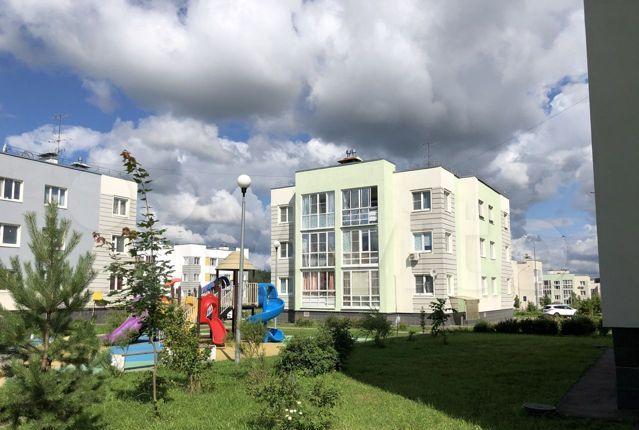 Продажа двухкомнатной квартиры деревня Чёрная, Ясная улица 4, цена 6450000 рублей, 2021 год объявление №533987 на megabaz.ru