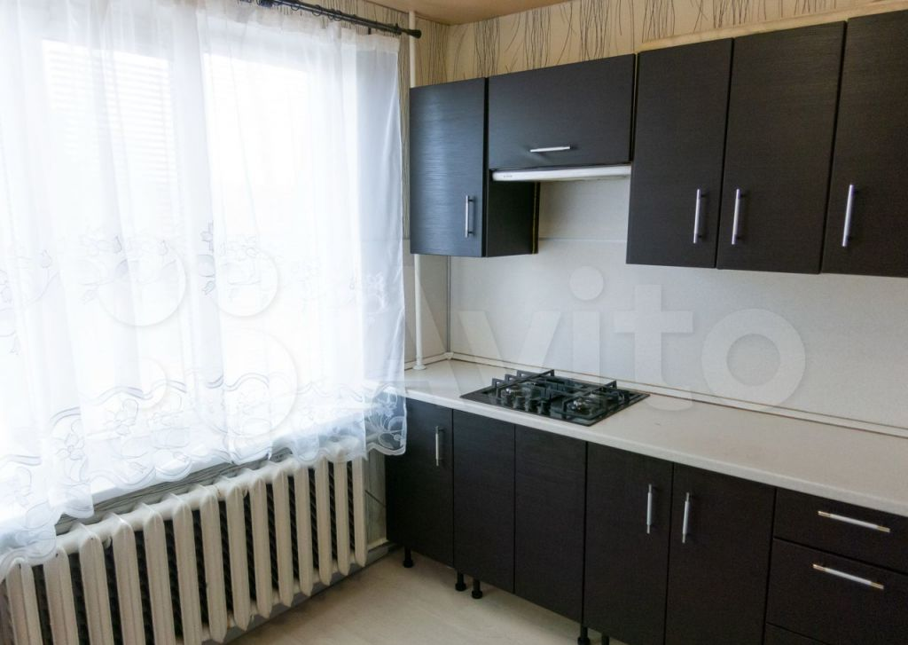 Продажа однокомнатной квартиры поселок Нагорное, цена 2800000 рублей, 2021 год объявление №615928 на megabaz.ru