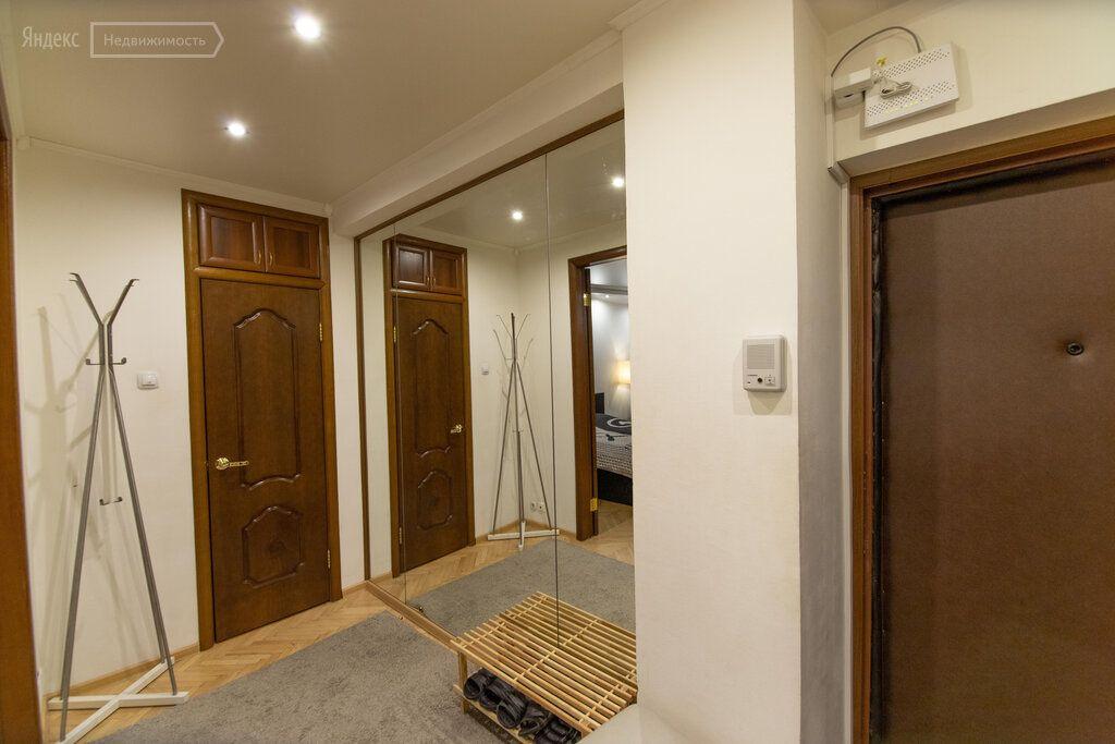 Аренда однокомнатной квартиры Москва, метро Охотный ряд, Брюсов переулок 4, цена 80000 рублей, 2021 год объявление №1266913 на megabaz.ru