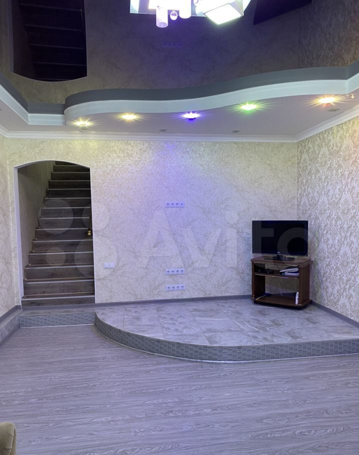 Продажа дома Москва, метро Выставочная, цена 5200000 рублей, 2021 год объявление №669937 на megabaz.ru