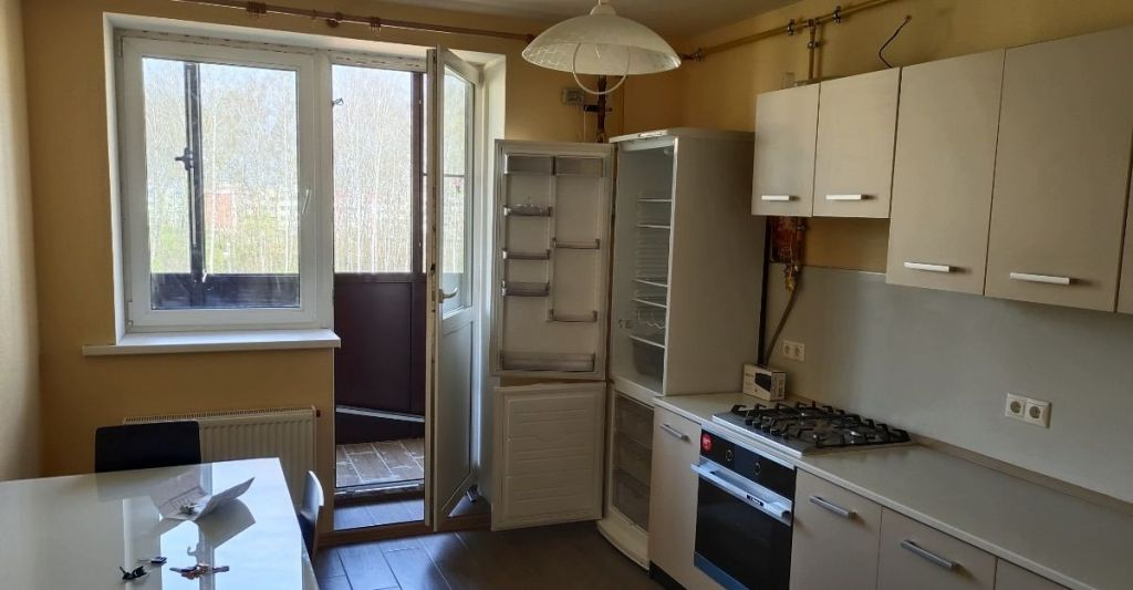 Аренда двухкомнатной квартиры деревня Исаково, цена 25000 рублей, 2021 год объявление №1020758 на megabaz.ru