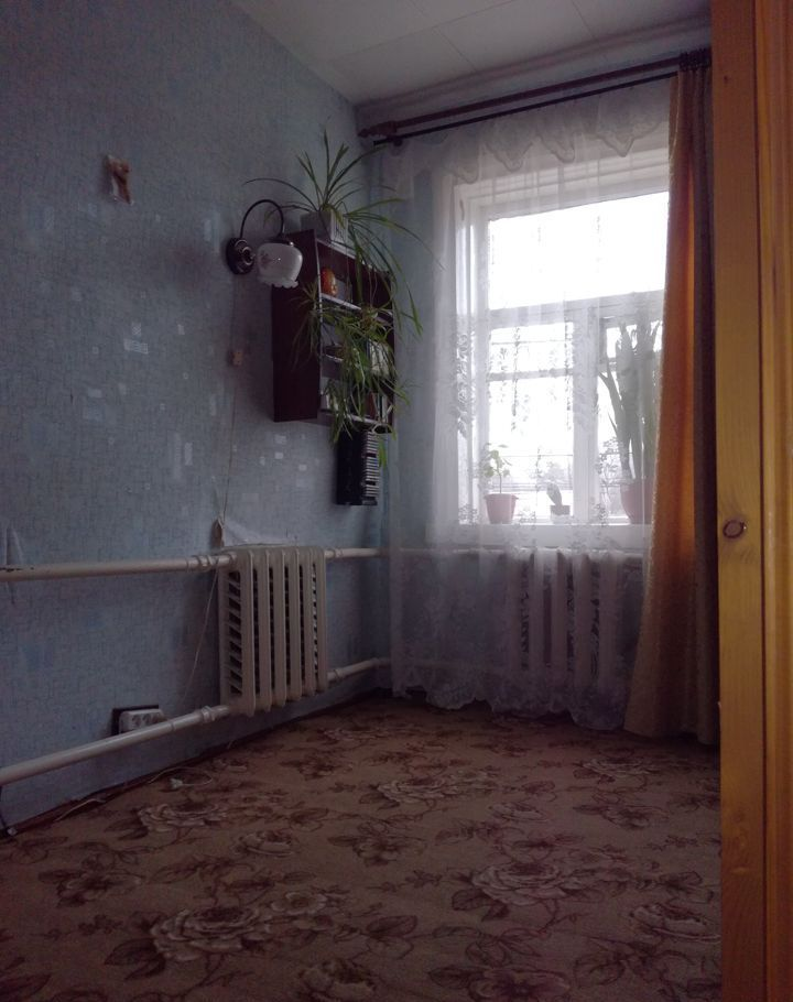 Продажа четырёхкомнатной квартиры Верея, Ленинская улица 32/1, цена 1800000 рублей, 2021 год объявление №373100 на megabaz.ru