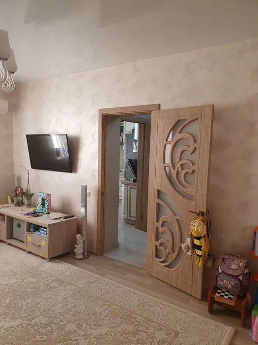 Продажа двухкомнатной квартиры рабочий поселок Новоивановское, Можайское шоссе 50, цена 11150000 рублей, 2021 год объявление №549266 на megabaz.ru