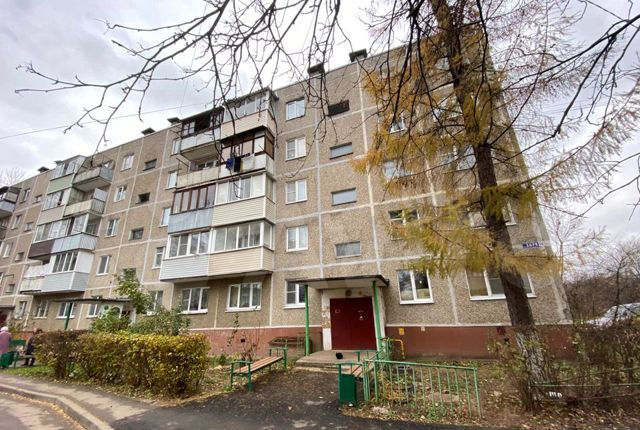 Продажа двухкомнатной квартиры село Растуново, улица Заря 14, цена 2950000 рублей, 2021 год объявление №537463 на megabaz.ru