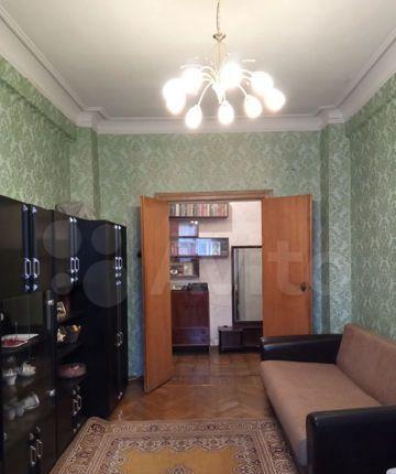 Продажа трёхкомнатной квартиры Москва, метро Цветной бульвар, Большой Каретный переулок 4с7, цена 30000000 рублей, 2021 год объявление №538766 на megabaz.ru
