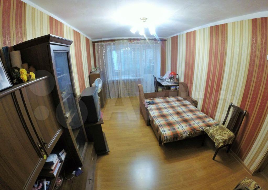 Продажа двухкомнатной квартиры Серпухов, Советская улица 118, цена 4000000 рублей, 2021 год объявление №691964 на megabaz.ru