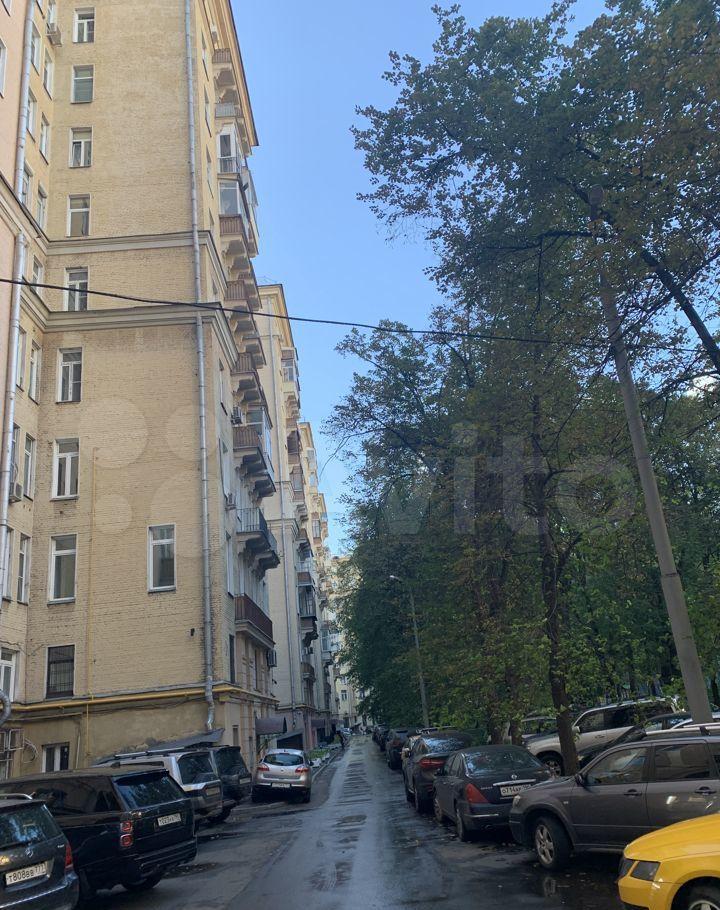 Продажа двухкомнатной квартиры Москва, метро Кутузовская, Кутузовский проспект 30, цена 21500000 рублей, 2021 год объявление №689684 на megabaz.ru
