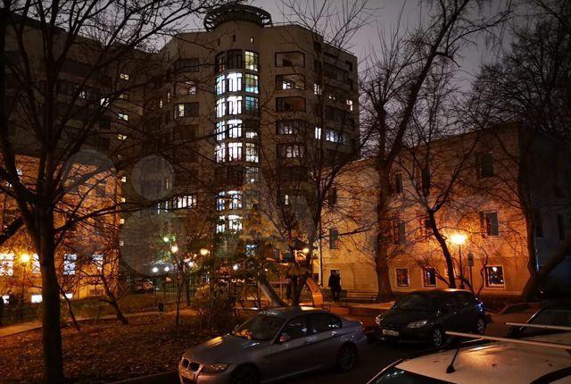 Продажа четырёхкомнатной квартиры Москва, метро Цветной бульвар, Цветной бульвар 21с6, цена 32000000 рублей, 2021 год объявление №540898 на megabaz.ru