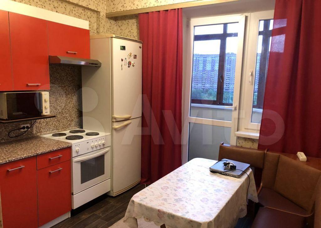 Аренда однокомнатной квартиры деревня Щемилово, улица Орлова 26, цена 17000 рублей, 2021 год объявление №1398368 на megabaz.ru