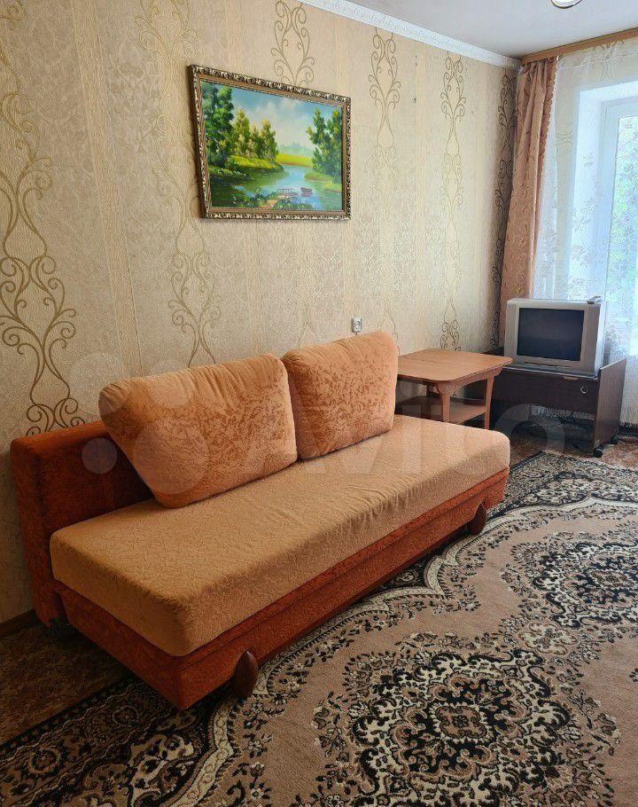 Аренда двухкомнатной квартиры Кашира, улица Ленина 3, цена 17000 рублей, 2021 год объявление №1382568 на megabaz.ru