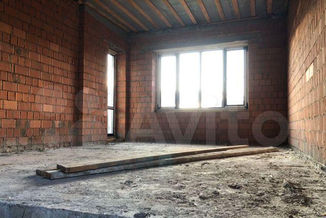 Продажа дома деревня Пятница, Озёрная улица 15, цена 15000000 рублей, 2021 год объявление №442707 на megabaz.ru