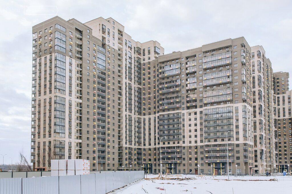 Продажа двухкомнатной квартиры деревня Путилково, метро Митино, цена 9800000 рублей, 2021 год объявление №590342 на megabaz.ru