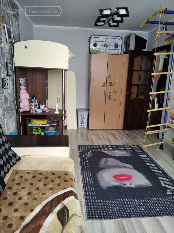 Продажа трёхкомнатной квартиры Щелково, метро Щелковская, Космодемьянская улица 17к1, цена 5550000 рублей, 2021 год объявление №581139 на megabaz.ru