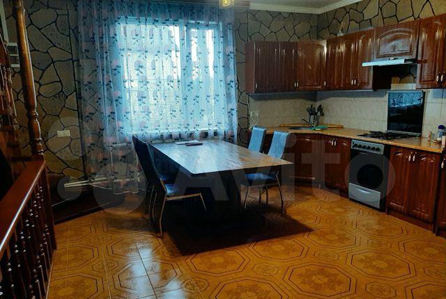 Аренда дома деревня Барвиха, цена 6000 рублей, 2021 год объявление №1280341 на megabaz.ru