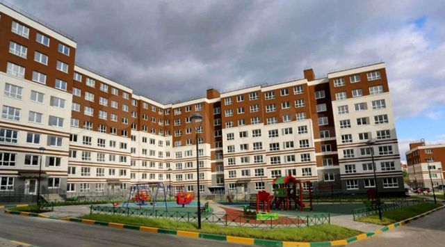 Продажа двухкомнатной квартиры рабочий посёлок Нахабино, улица Володарского 2, цена 5430000 рублей, 2021 год объявление №561109 на megabaz.ru