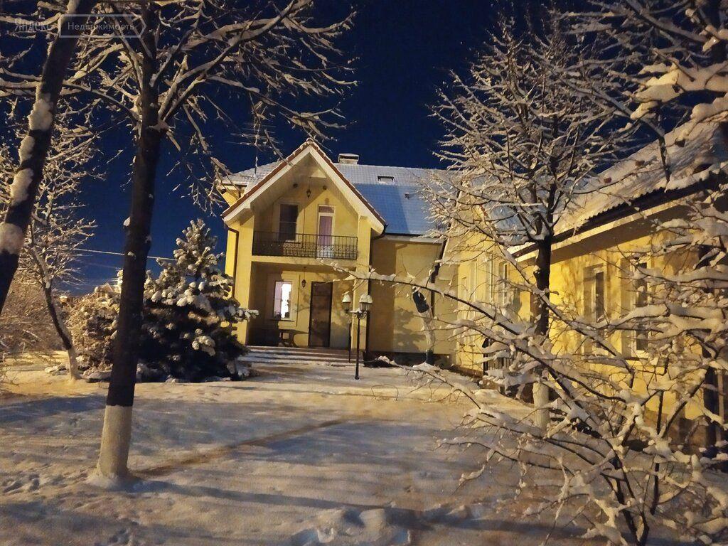 Аренда дома деревня Сивково, 1-я Юго-Западная улица, цена 190000 рублей, 2021 год объявление №1281669 на megabaz.ru