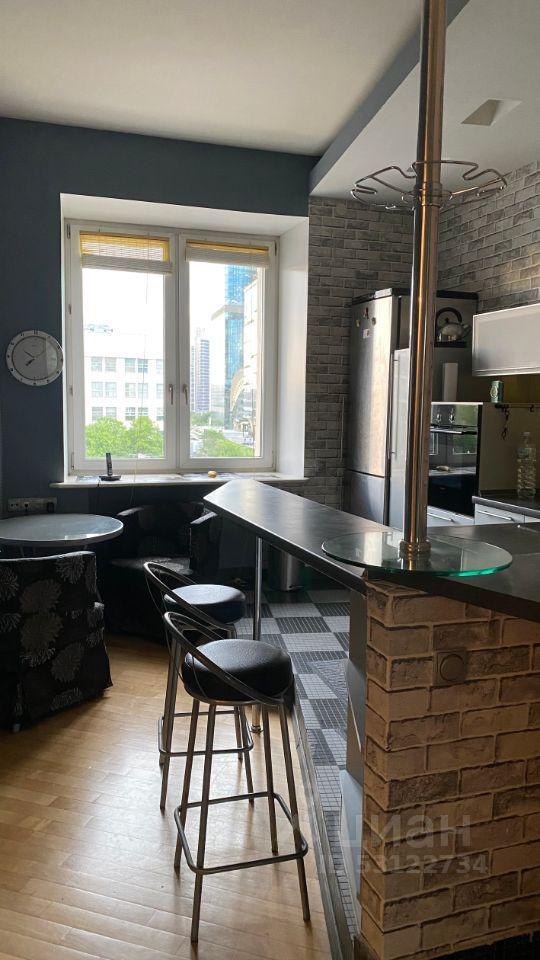 Аренда двухкомнатной квартиры Москва, метро Кутузовская, Кутузовский проспект 41, цена 5500 рублей, 2021 год объявление №1401231 на megabaz.ru
