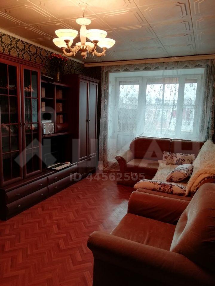 Аренда двухкомнатной квартиры деревня Радумля, цена 22000 рублей, 2020 год объявление №1021717 на megabaz.ru