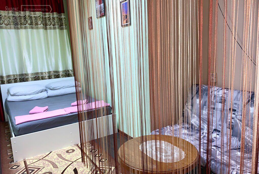 Аренда комнаты Москва, метро Арбатская, Большая Никитская улица 22/2, цена 25000 рублей, 2021 год объявление №1312954 на megabaz.ru