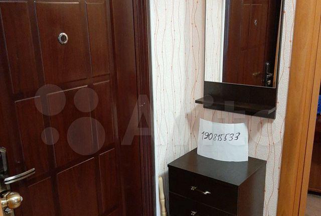 Аренда однокомнатной квартиры поселок Большевик, Молодёжная улица 9, цена 1000 рублей, 2021 год объявление №1284280 на megabaz.ru
