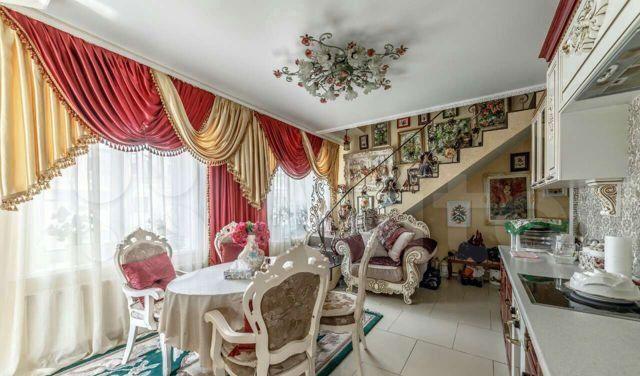 Продажа трёхкомнатной квартиры деревня Бородино, Варшавское шоссе 76, цена 7950000 рублей, 2021 год объявление №548801 на megabaz.ru