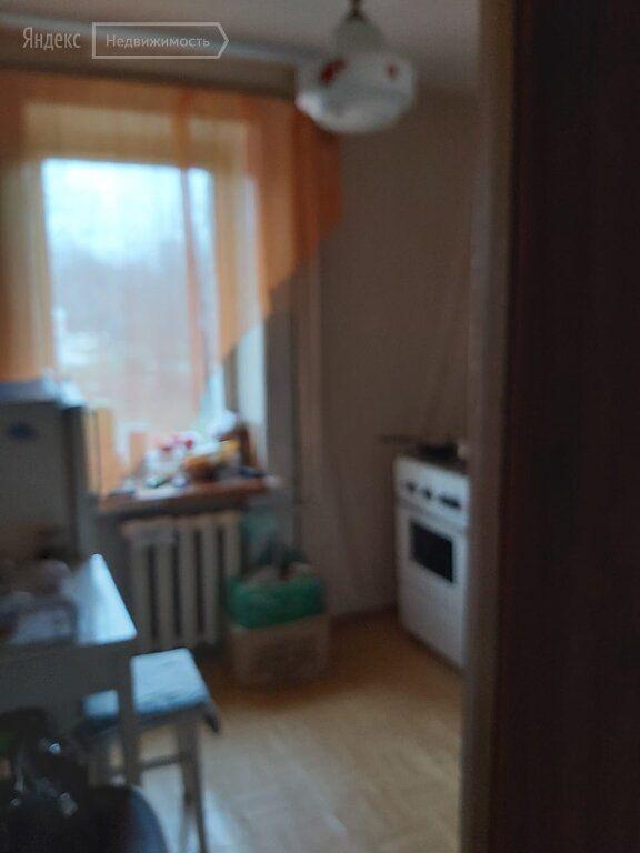 Продажа однокомнатной квартиры поселок Первомайский, Садовая улица 10, цена 2200000 рублей, 2021 год объявление №545983 на megabaz.ru