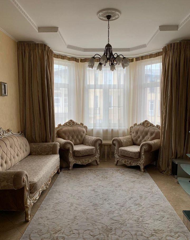 Аренда дома деревня Гаврилково, улица 10-й Квартал 5к1, цена 135000 рублей, 2020 год объявление №1021990 на megabaz.ru