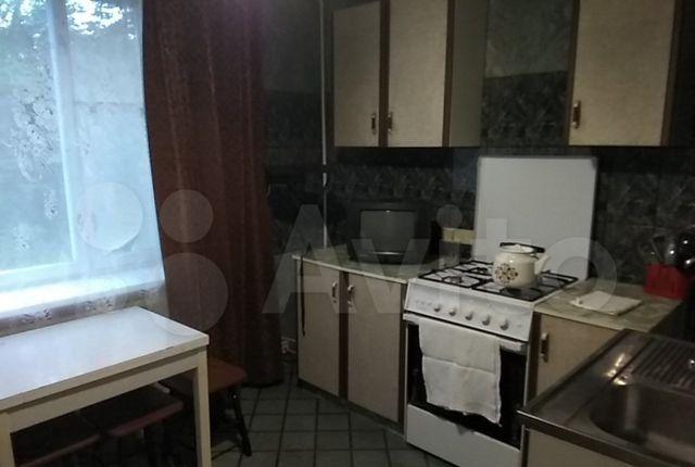 Аренда однокомнатной квартиры Кубинка, улица Сосновка 11, цена 3000 рублей, 2021 год объявление №1234642 на megabaz.ru