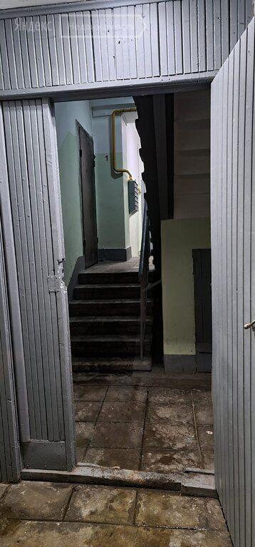 Продажа двухкомнатной квартиры Москва, метро Серпуховская, Большая Пионерская улица 40с1, цена 14500000 рублей, 2021 год объявление №568452 на megabaz.ru