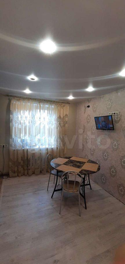 Аренда трёхкомнатной квартиры деревня Давыдово, Заводская улица 8, цена 17000 рублей, 2021 год объявление №1440406 на megabaz.ru