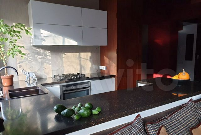 Продажа трёхкомнатной квартиры Москва, метро Парк культуры, Кропоткинский переулок 9-11, цена 36500000 рублей, 2021 год объявление №536596 на megabaz.ru