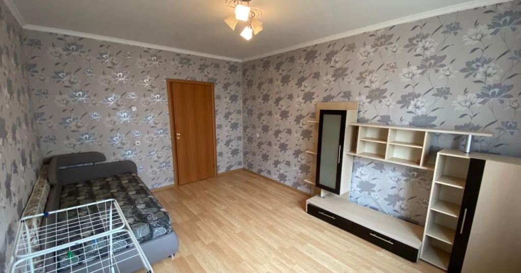 Продажа однокомнатной квартиры поселок Володарского, Зелёная улица 42, цена 3400000 рублей, 2020 год объявление №431707 на megabaz.ru