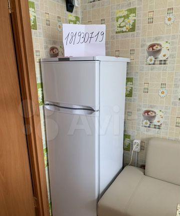 Аренда однокомнатной квартиры поселок Большевик, Молодёжная улица 9, цена 1500 рублей, 2021 год объявление №1332594 на megabaz.ru
