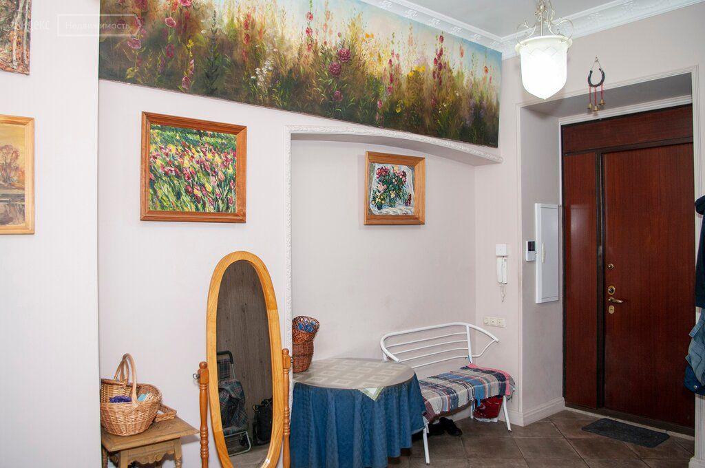 Продажа пятикомнатной квартиры Москва, метро Красные ворота, Новая Басманная улица 31с1, цена 82880000 рублей, 2021 год объявление №557130 на megabaz.ru