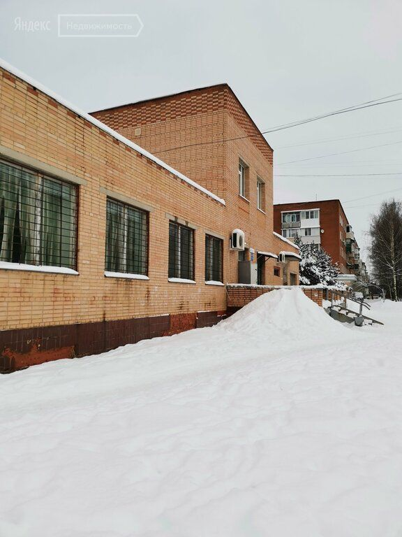 Продажа комнаты поселок Любучаны, Заводская улица 1, цена 1000000 рублей, 2021 год объявление №557913 на megabaz.ru
