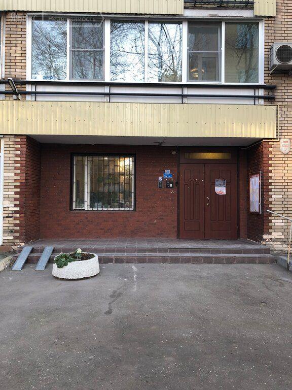 Продажа однокомнатной квартиры Москва, метро Тверская, Большая Бронная улица 5, цена 24500000 рублей, 2021 год объявление №555880 на megabaz.ru