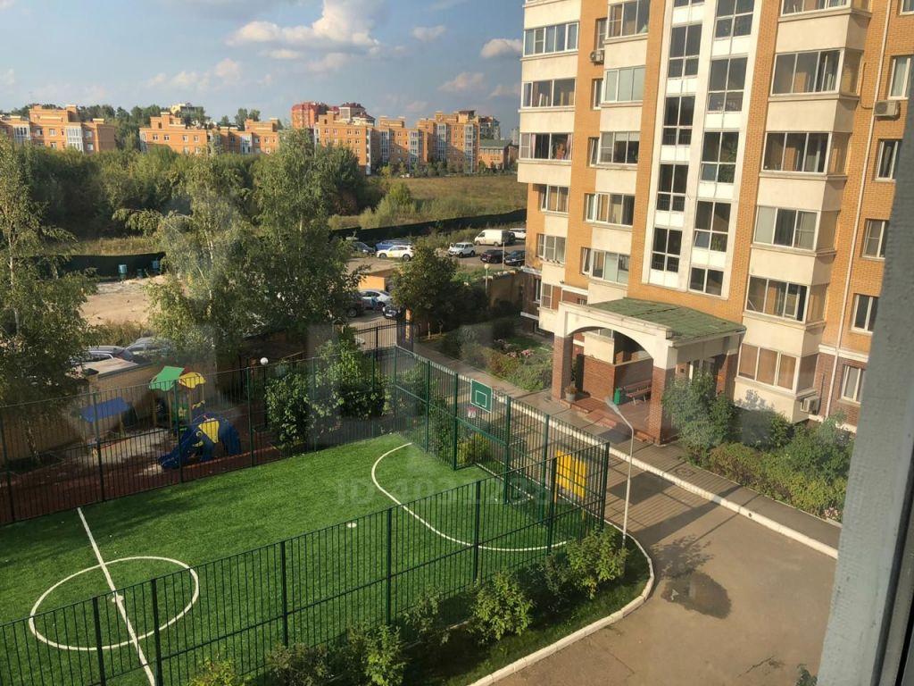 Аренда двухкомнатной квартиры рабочий посёлок Заречье, Университетская улица 1, цена 45000 рублей, 2021 год объявление №1298990 на megabaz.ru
