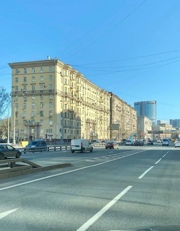 Продажа однокомнатной квартиры Москва, метро Беговая, Беговая улица 5, цена 13600000 рублей, 2021 год объявление №611706 на megabaz.ru