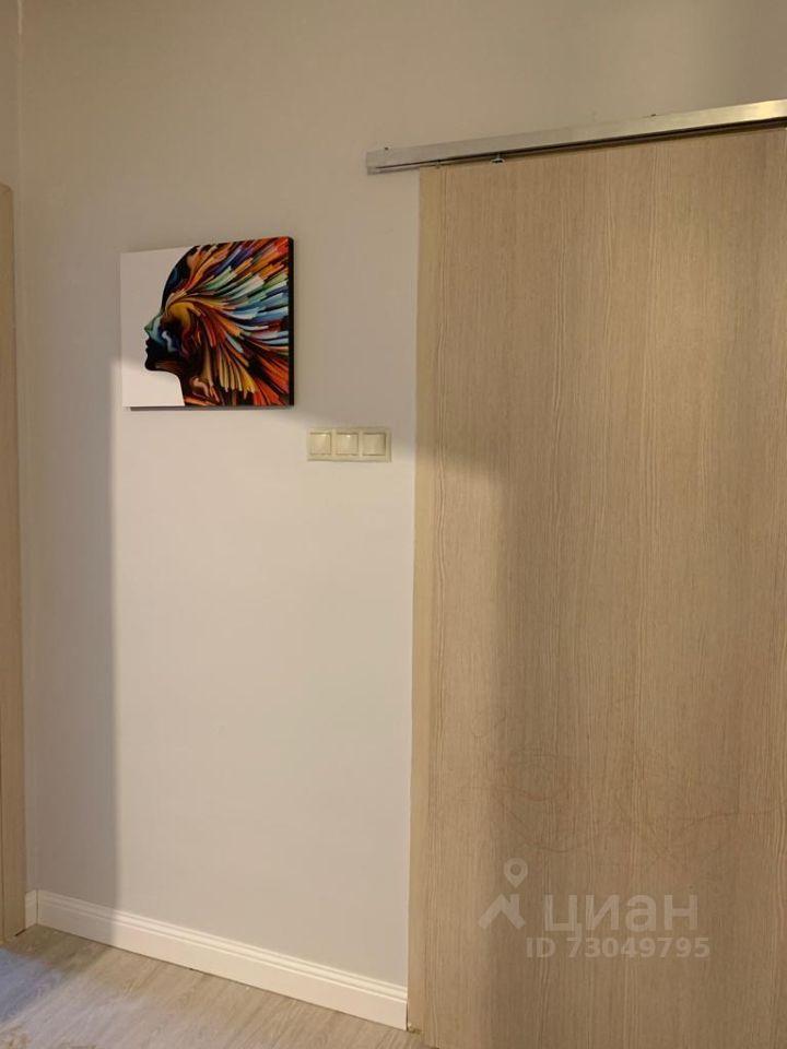 Продажа двухкомнатной квартиры Звенигород, метро Строгино, цена 6800000 рублей, 2021 год объявление №619560 на megabaz.ru