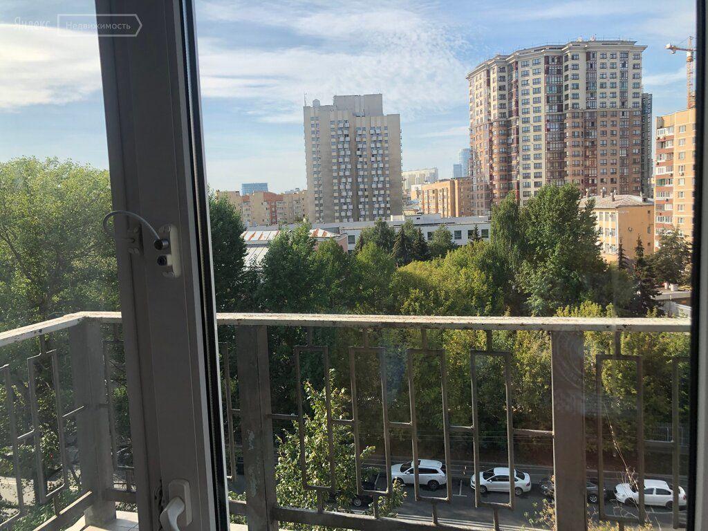 Аренда трёхкомнатной квартиры Москва, метро Баррикадная, Большая Грузинская улица 36с3, цена 115000 рублей, 2021 год объявление №1206204 на megabaz.ru