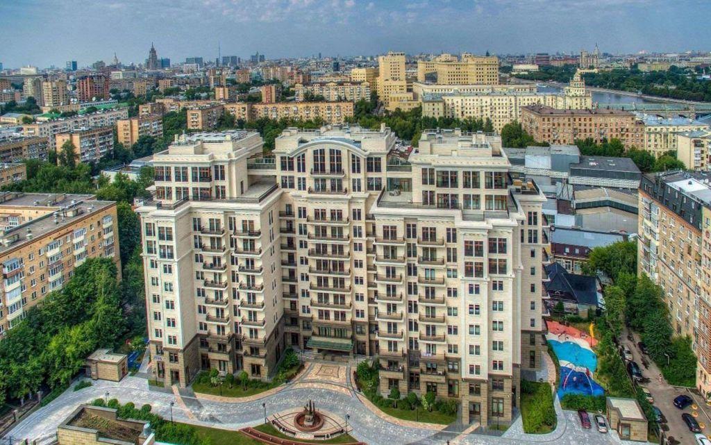 Продажа пятикомнатной квартиры Москва, метро Арбатская, цена 10000000 рублей, 2021 год объявление №553239 на megabaz.ru