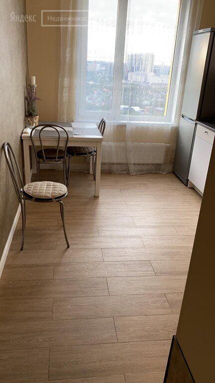 Аренда двухкомнатной квартиры деревня Раздоры, метро Строгино, цена 45000 рублей, 2021 год объявление №1304572 на megabaz.ru