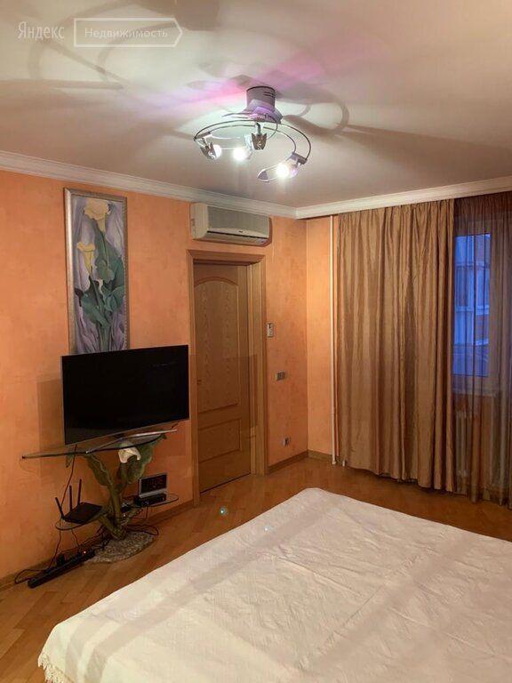 Аренда четырёхкомнатной квартиры Москва, Дубнинская улица 17к2, цена 85000 рублей, 2021 год объявление №1343666 на megabaz.ru