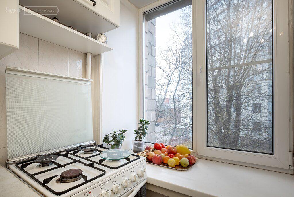 Продажа трёхкомнатной квартиры Москва, метро Сокольники, улица Шумкина 13, цена 16390000 рублей, 2021 год объявление №553927 на megabaz.ru