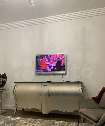 Аренда двухкомнатной квартиры Москва, метро Кутузовская, Поклонная улица 4, цена 90000 рублей, 2021 год объявление №1305892 на megabaz.ru