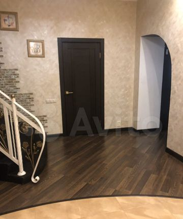 Продажа дома деревня Поповка, Запрудная улица 47, цена 35000000 рублей, 2021 год объявление №528930 на megabaz.ru